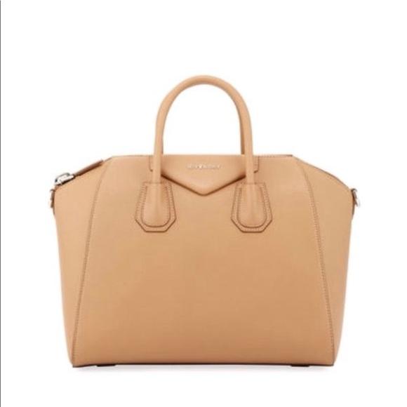 1640e2f78735 Givenchy Handbags - Givenchy Antigona beige medium leather bag